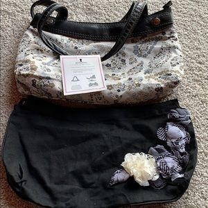 Thirty-One skirt purse with 2 skirts